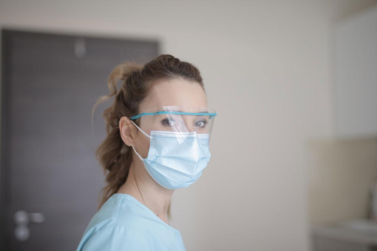 Velar por la salud mental del equipo de farmacia durante la pandemia