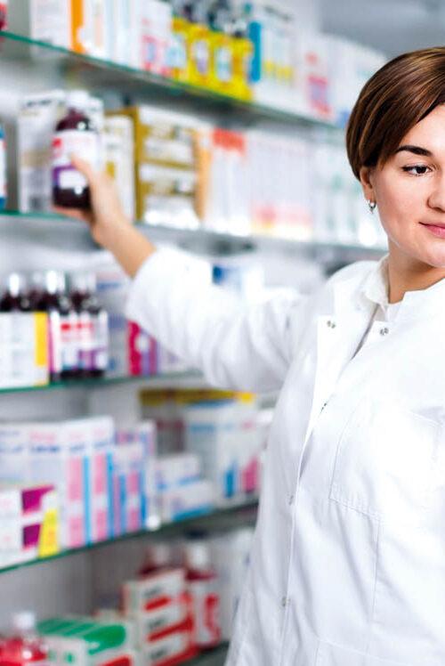 Especialización en la farmacia: Una forma de desarrollar nuestro negocio